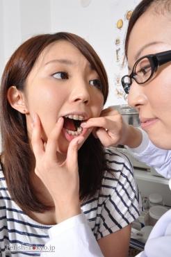 歯観察にレズ要素を足してみたらエロい