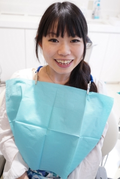 おっとりしたエミちゃんのヤバーい前歯診療•歯石除去クリーニング